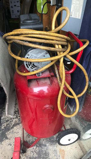 Coachman air compressor for Sale in Puyallup, WA