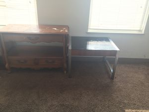 Entry table, black glass top table (FREE) need gone, also have a coffee table. Buying all new furniture for Sale in Cleveland, OH