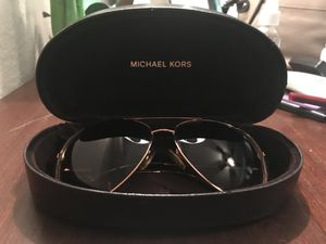 aviator michael kors prescription sunglasses for Sale in Orlando, FL