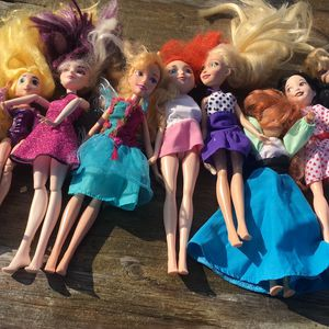 Disney Dolls ( Lot Of 9) for Sale in Duluth, GA
