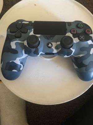 Blue camouflage ps4 controller for Sale in Detroit, MI