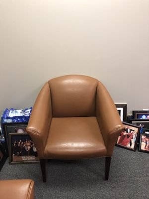 Leather chair in great condition for Sale in Nashville, TN