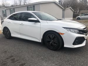 HONDA CIVIC 2018 HATCHBACK TITULO SALVAGE (SALVAGE TITLE) LISTO PARA REGISTRAR EN MARYLAND YDC for Sale in Jessup, MD