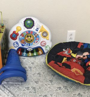 learning table and kids chair for Sale in Poway, CA