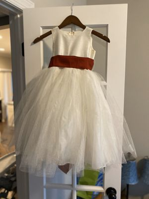 Ivory flower girl dress size 5 for Sale in Youngsville, NC
