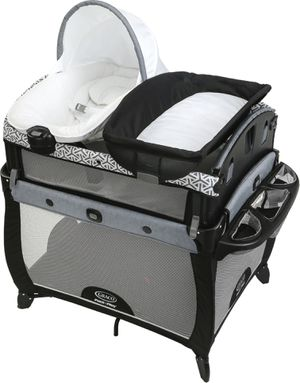 Graco pack n play newborn2toddler for Sale in Irving, TX