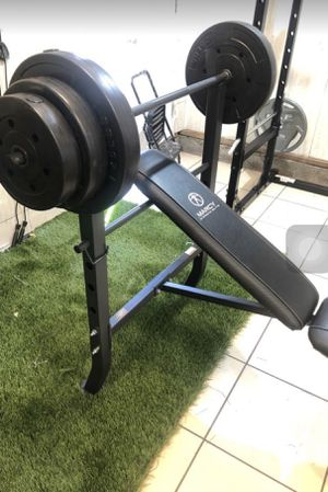 Bench press with Barbell and 100 lb Weight Set brand new in the box for Sale in Montebello, CA