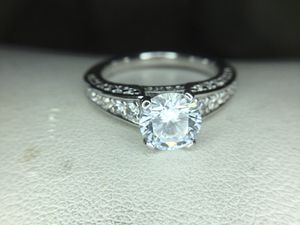 Sterling silver engagement ring size 6 for Sale in Cumberland, RI