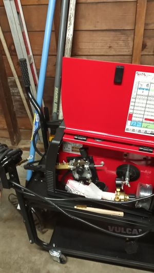 Lincoln electric welding wire feed welder for Sale in Portland, OR