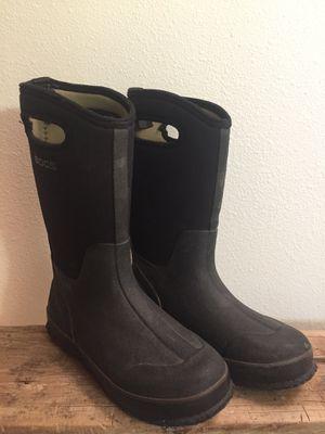 BOGS waterproof Kids sz 4 boots- insulated! for Sale in Brea, CA