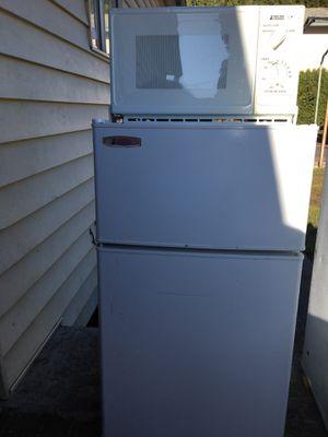 mini fridge & microwave for Sale in Portland, OR