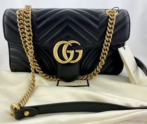 Gucci GG Marmont 2.0 Shoulder Bag Black/Antiqued Gold Chain for Sale in Beverly Hills, CA