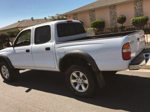 TOYOTA TACOMA 2003 PERFECR CAR for Sale in New York, NY
