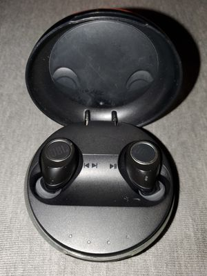 JBL bluetooth earbuds for Sale in Clearwater, FL
