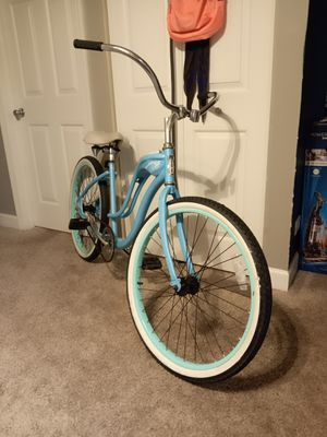 Schwinn Quality Women's Cruiser Bike 26 inches for Sale in Aurora, IL