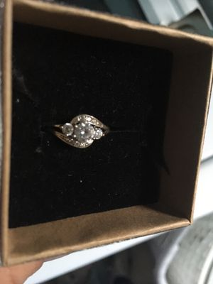 White gold ring for Sale in Clinton, IA