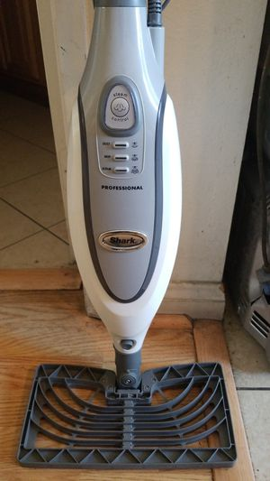 Shark Professional Floor Steamer Mop for Sale in Long Beach, CA