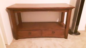 Solid wood sofa table for Sale in Goodyear, AZ