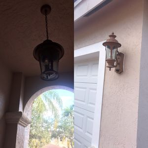 Entry way lamp and two side garage lamps for Sale in FL, US