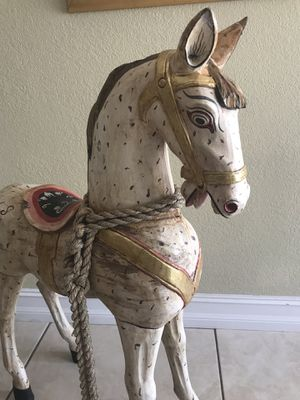 $75... Beautiful decorative wooden horse; paid $300 from El Dorado for Sale in Miami, FL