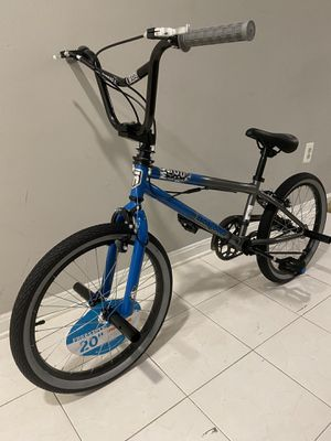 """Brand New Mongoose 20"""" BMX front and rear pegs, gyro neck- hot bike! for Sale in Alexandria, VA"""