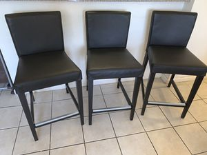 3 bar stool chairs black for Sale in Hollywood, FL