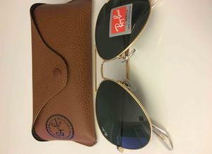 Brand New Authentic RayBan Aviator Sunglasses for Sale in Phoenix, AZ