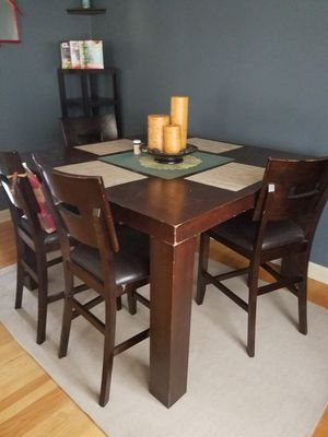 Four seater dining table set for Sale in Camden, SC