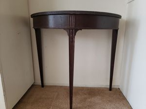 "32"" Wide Half-Round Side Console Coffee Table (dark brown, wood) for Sale in West Hollywood, CA"