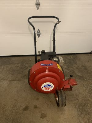 Giant vac leaf blower for Sale in East Windsor, CT
