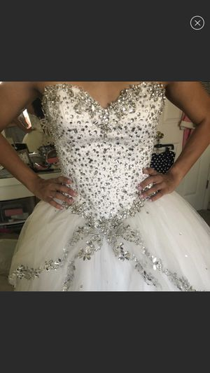 Quinceanera dress for Sale in El Paso, TX