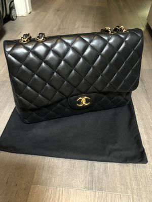 Chanel Classic Single Flap Jumbo Lambskin Black Bag for Sale in Tempe, AZ