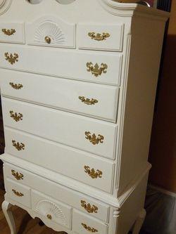 Beautiful Dresser One Piece for Sale in Whittier,  CA