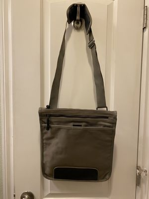 Banana Republic Messenger Bag for Sale in Long Beach, CA