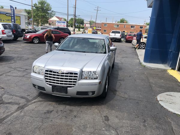 06 Chrysler 300 touring