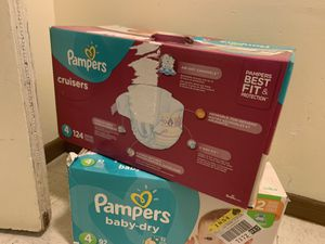 Unopened Pampers (Size 4) for Sale in Minneapolis, MN