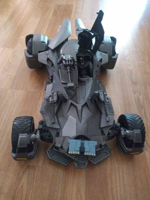 Batmobile rc car , 1/10 scale. Mattel. Perfect condition. I trade for hot toys figure for Sale in Long Beach, CA