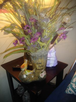 Vase with flowers for Sale in Chesapeake, VA