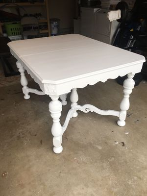Antique dining table for Sale in Yorba Linda, CA