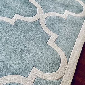 Elegant Large Wool Rug 9 By 12 Feet's for Sale in Gainesville, VA