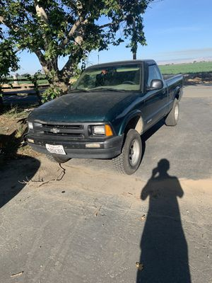 1997 Chevy s10 for Sale in Turlock, CA