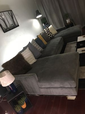 3-Piece Double Chaise Sectional Couch for Sale in Tampa, FL
