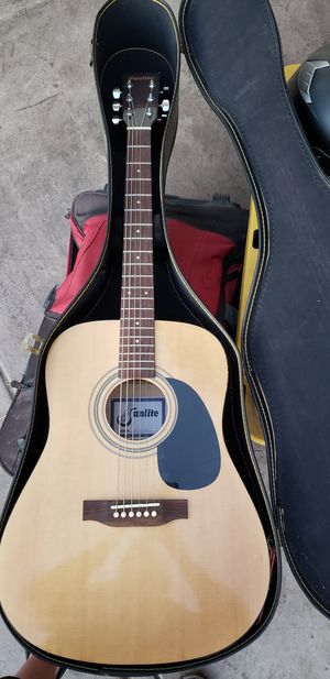 Sunlite Acoustic Guitar and Case for Sale in La Mesa, CA
