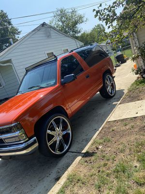 95 Classic Chevy Tahoe . CLEAN for Sale in Alexandria, VA
