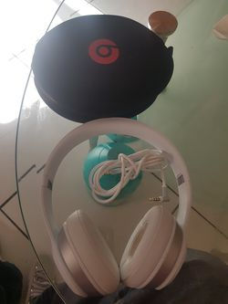 Solo Beats cable ok for Sale in San Fernando,  CA