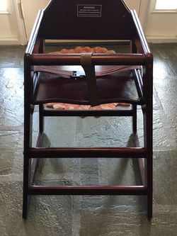 High Chair (toddler - Restaurant Style) for Sale in Churchville,  PA