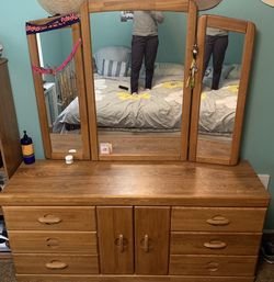 Real Wood Dresser With Mirror for Sale in Tulalip,  WA