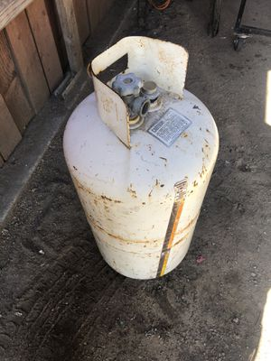 Propane tank. 8 to 10 g. for Sale in Pomona, CA