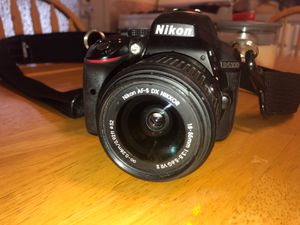 Nikon D5300 DSLR Camera for Sale in Seguin, TX