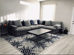 Sectional sofa gray - coffee table expresso and matching end table with area rug - rug have navy in it for Sale in Tamarac, FL